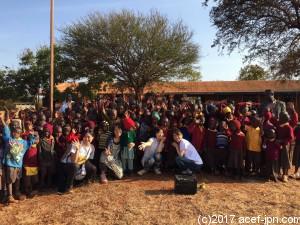 カニョンガ小学校の子ども達